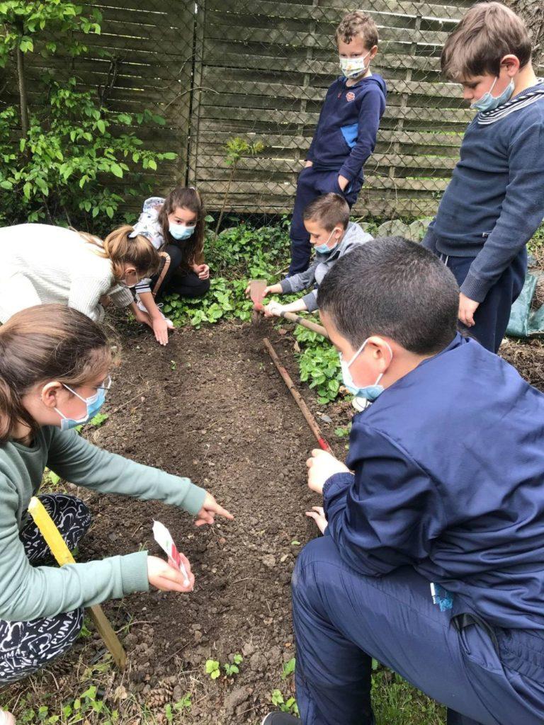 Les apprentis jardiniers